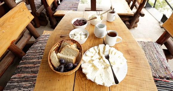 Traditional Bosnian breakfast Via Dinarica by Elma Okić