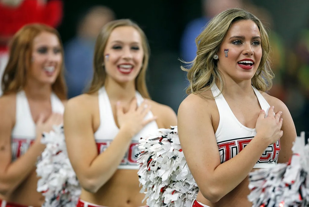 Texas Tech pom squad sings National Anthem