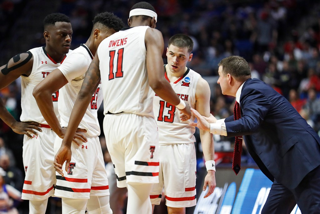 Texas Tech coach Chris Beard talks to his players during the NCAA tournament second round game against Buffalo, Sunday, March 24, 2019, at BOK Center in Tulsa, Okla. [Brad Tollefson/A-J Media]