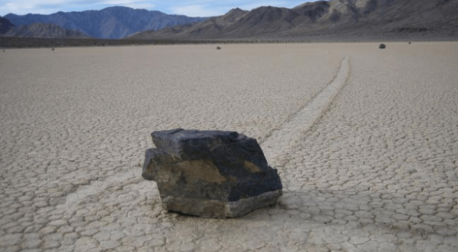 Large rocks move around the Racetrack Playa.