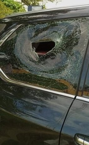 Hoodlums Attack Governor Oyetola's Convoy In Osogbo