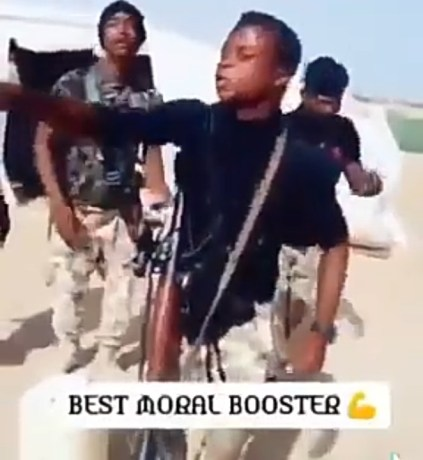 Nigerian Soldiers Sing, Dance And Deliver The Most Patriotic Speech