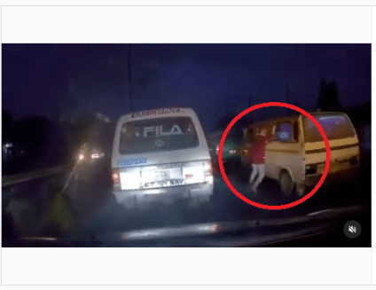 Watch The Moment Car Dash Camera Captured A Thief Snatched Phone Of Commuter In Lagos Traffic