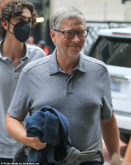 Bill Gates drove to work in Mercedes then disappeared from work in a Porsche to meet women - New report