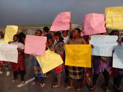 Protest Rocks Bonny Kingdom, As Nigeria Liquefied Natural Gas Limited Is Shut Down