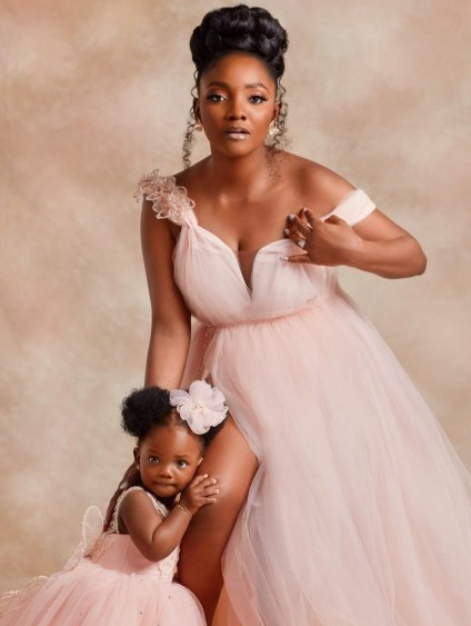 Singer Simi To Nigerians Insinuating She Is Pregnant Again - Don't Let Me Block You