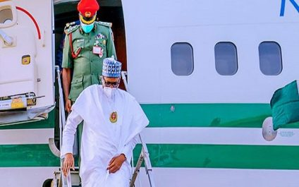 Tight Security As President Buhari, Service Chiefs Arrive Maiduguri