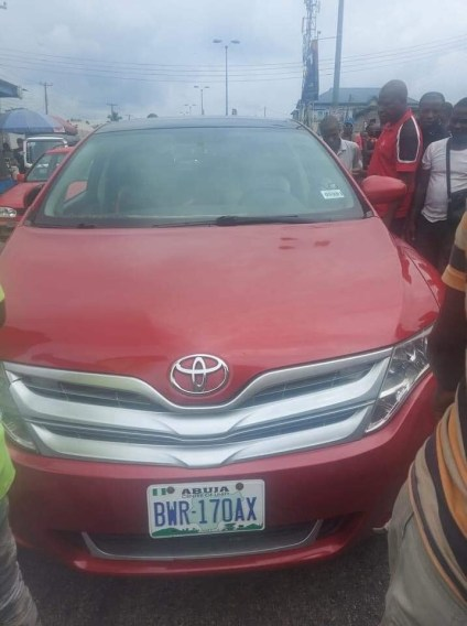 See Photos As Gunmen Assassinate APC Chieftain's Police Escort And Driver In Delta