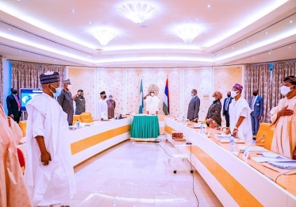 President Buhari Swears In New INEC Commissioners