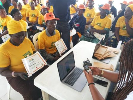 N10,000 Loan Each In Buhari's 'Trader Moni' For 2 Million Traders