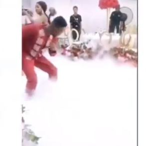 Dancing Skill Simi And Adekunle Gold Showed At Their Traditional Wedding