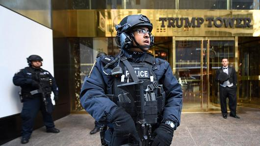 Street Housing Trump Tower To Be Rename To Barack Obama Avenue - New York