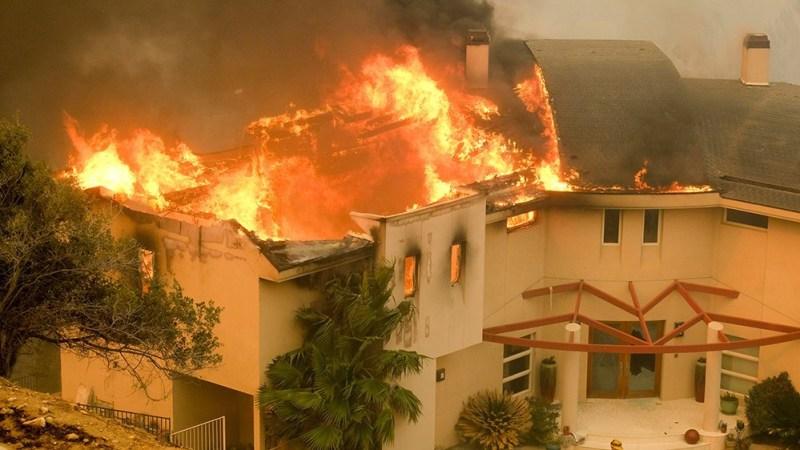 Lover Sets Girlfriend's Family Members Ablaze, Kills 5