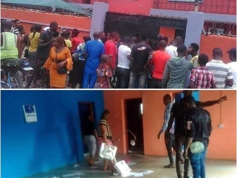 Nigerians Storm Loom Headquarters To Demand For Their Money In Lagos