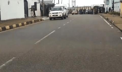 EFCC Raids Akinwunmi Ambode's Residence