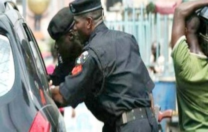 Cars Security Personnel Won't Stop At Checkpoints