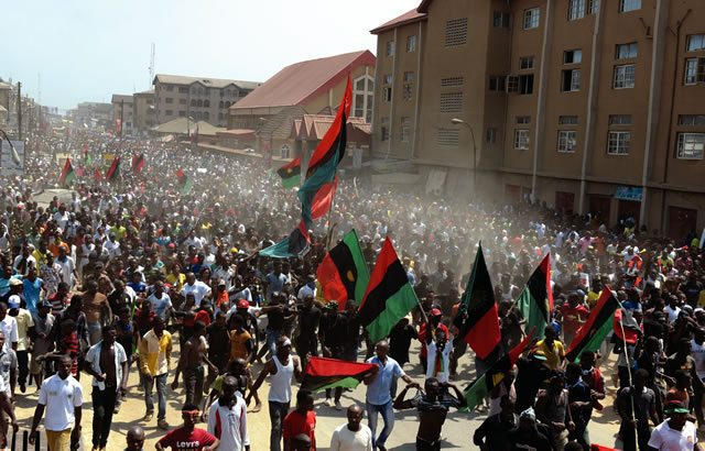 Many Injured As IPOB And Police Clash