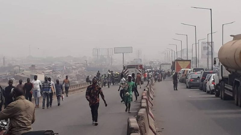 Burning Vehicle Causes Standstill On Kara Bridge In Lagos-Ibadan Expressway