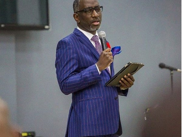 Pastor Robert Burale Tells Women What To Do If Their Men Cheat On Them