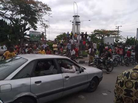 Protests In Calabar As NSCDC Personnel Kills Man, Injured Three Others