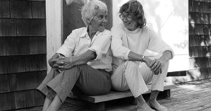 Mary Oliver on How Differences Bring Couples Closer Together