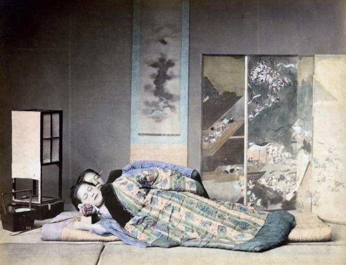 In Praise of Shadows: Ancient Japanese Aesthetics, the