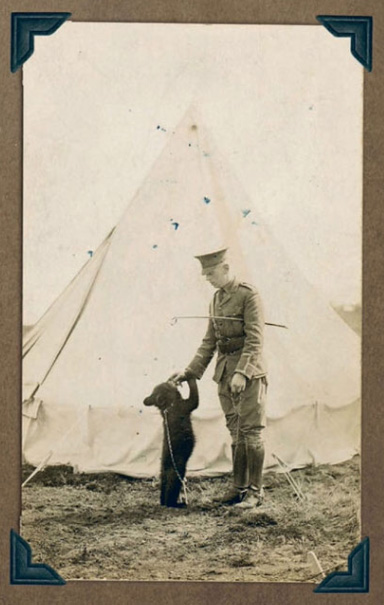Winnie and Harry at the Valcartier camp. This photograph inspired statues now gracing Winnipeg and London.