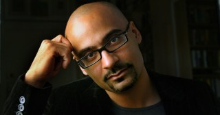 """Junot Díaz on the Complexities Beneath the Blanket Term """"Race,"""" Our Limiting Mythologies of Success, Why Dictatorships Are Like Reddit, and How Artists Survive"""