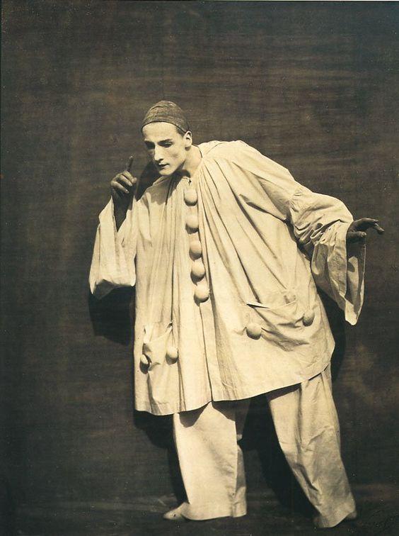 """Pierrot Listening"" (Nadar, 1854)"