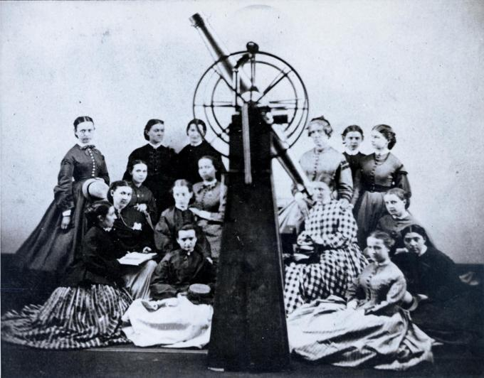 Maria Mitchell (top row, third from left) with the first astronomy class at Vassar, 1866