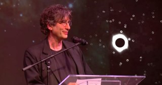 In Transit: Neil Gaiman Reads His Touching Tribute to the Lonely Genius Arthur Eddington, Who Confirmed Einstein's Relativity