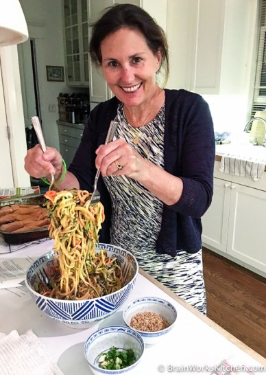 brain-works-cooking-class-sesame-zoodles|brainworkskitchen.com