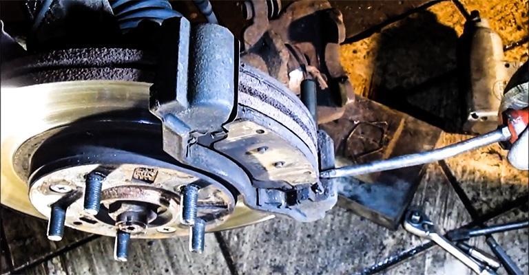Brake pads for mazda 6