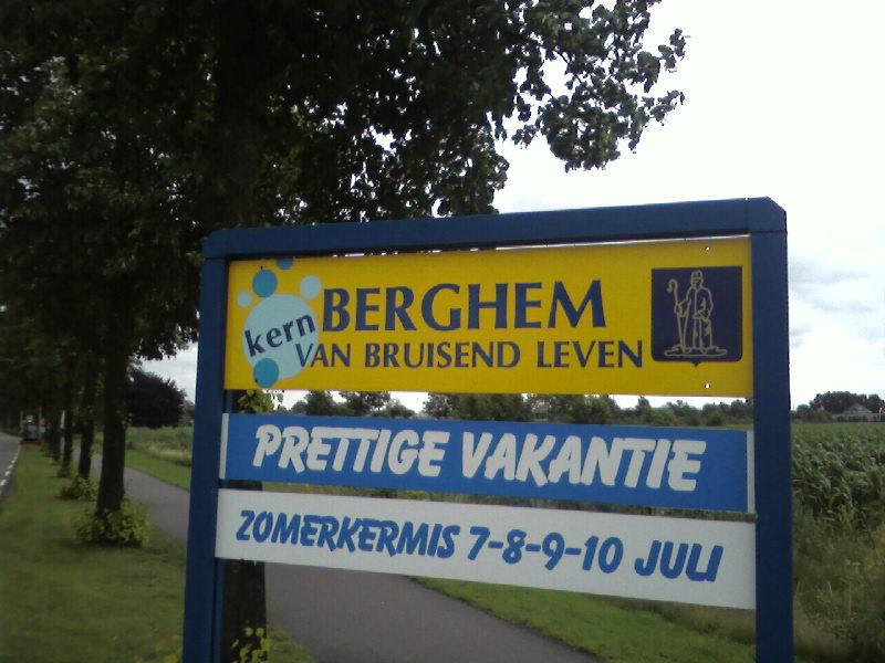 Afbeeldingsresultaat voor Berghem plaatsnaambord gemeente oss