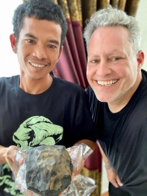Josua Hutagalung, o meteorito e Jarred Colins