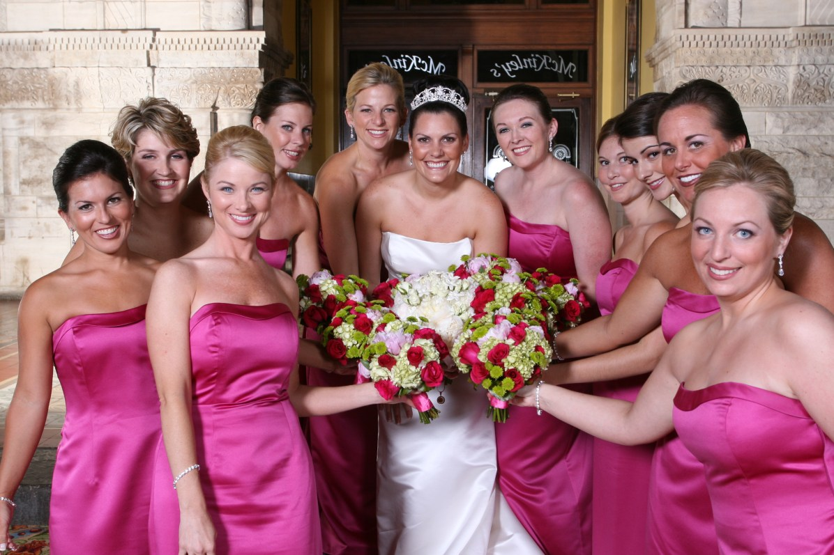 Hot pink and green bouquets at Union Station Hotel