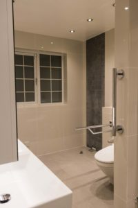 creating an accessible bathroom, accessible homes, solutions to make accessible homes