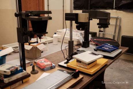 la camera oscura allestita per la 24H Darkroom