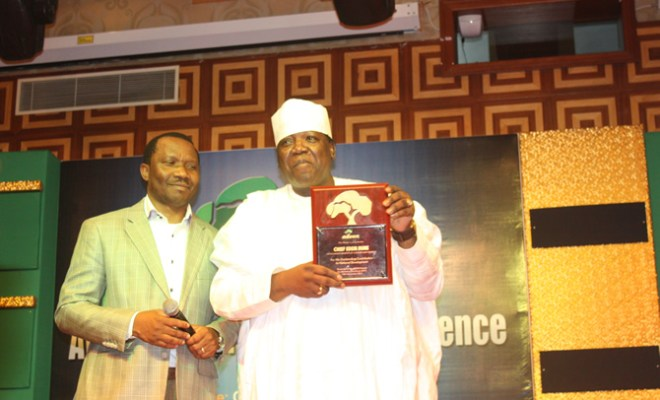 ADVAN President and GM, Consumer Marketing, MTN, Kola Oyeyemi and Hon. Minister for Tourism and Culture, Edem Duke, a special guest of Honour at ADVAN 2011 Awards