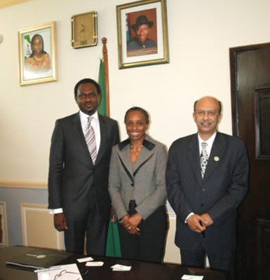 The Hon. Minister of Communication and Technology, Mr. Omobola Johnson, flanked by the Group Chief Operating Officer of Globacom Nig. Ltd, Mohammed Jameel, and Folu Aderibigbe, Head, Glo 1 Business Solution, during a courtesy call on the ministry, recently.