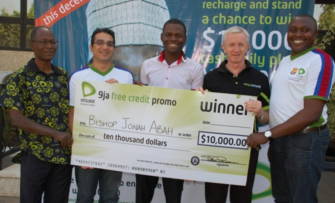 L-R: Director, Security, Etisalat Nigeria, Mr. Muhammad Abubakar; Chief Commercial Officer, Etisalat Nigeria, Mr. Wael Ammar; First winner of $10,000 in the 9ja free credit promo for December, Mr. Bishop Jonah Abah; Chief Executive Officer, Mr. Steve Evans; and Head, Youth Market Segment, Etisalat Nigeria, Mr. Elvis Ogiemwanye during the price presentation in Abuja, recently