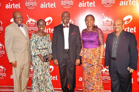 Paul Usor, Yewande Zacheus, Airtel CEO Segun Ogunsanya, Mrs Ibukun Awosika and Airtel ED Deepak Srivatsava at the Channel Partners Award