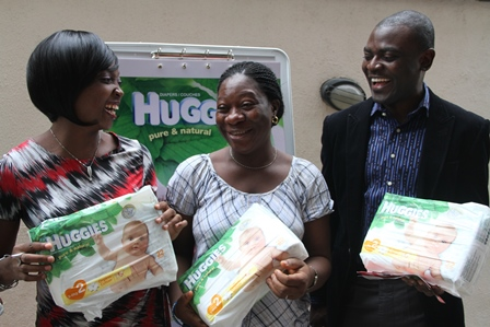 L-R : Chidinma Uwadiae, Senior Category Manager, Kimberly Clark West Africa, Chinazor Onuoha, Expectant Mother and Olagoke Olaleye, Brand Manager, Kimberly Clark West Africa at the HUGGIES Hospital Activation to introduce new Huggies Pure & Natural Diaper made for new born babies held today at Mezonel Hospital, Surulere, Lagos.