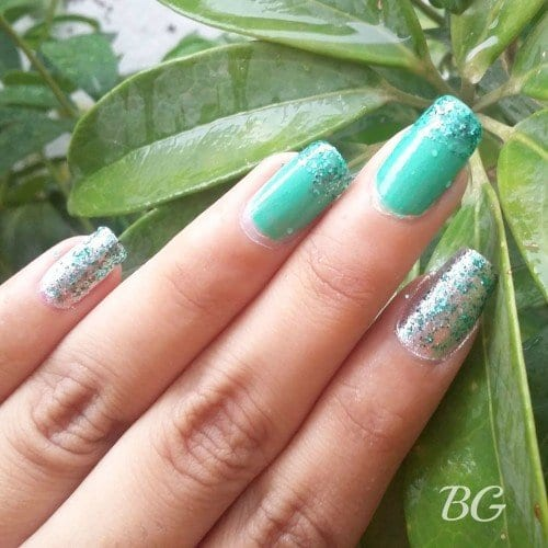 4 500x500 Nail Art Tutorial 5 Minutes Easy Diy Green Sparkles