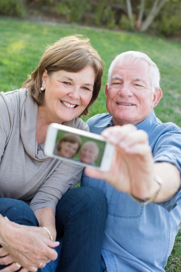 The Usa Australian Seniors Singles Online Dating Service