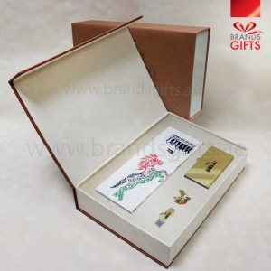 UAE National Day Gift Set, Custom Corporate gifts, National Day Giveaways , Promotional Gift Items with luxury leather box, www.brandsgifts.ae