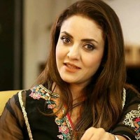 Pakistani actress beauty Nadia Khan