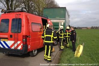 2012_04_23 Diesel lekkage Vlut Ospel 167