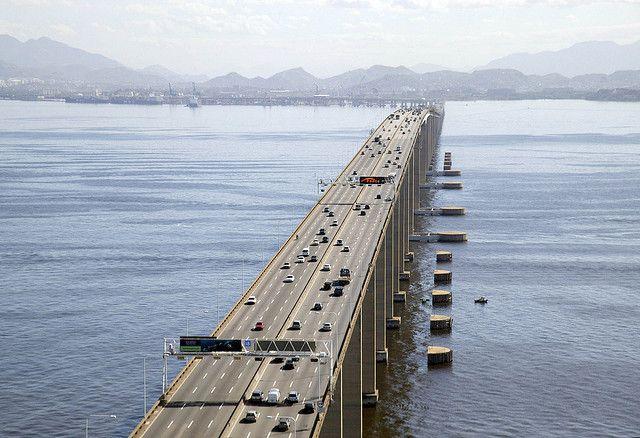 Vista aérea del puente Rio-Niterói. Foto: Arthur Boppré