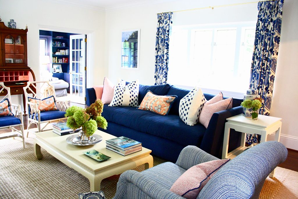Project Photos: A Colorful, Chinoiserie Living Room